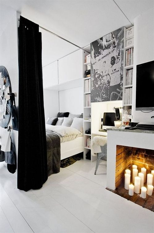myidealhome:  stylish small room (via lindsaycharlotte)