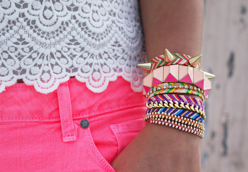 Do it yourself friendship bracelet! From honestlywtf.com