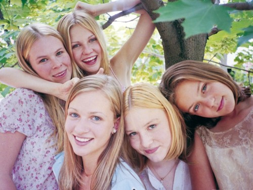 okjanelle:  The Lisbon Sisters The Virgin Suicides