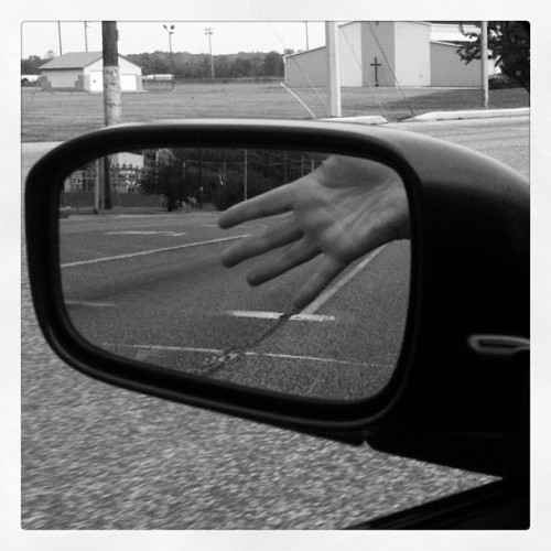#hand #myhand #mirror #mirrorpic #breakingthelaw #Obama #church #fingers #fingers #ootd #yorkies #dresdendolls (Taken with instagram)