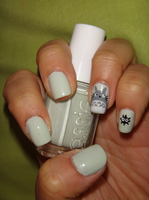 Totoro using Essie's Absolutely Shore.Enjoy! :3