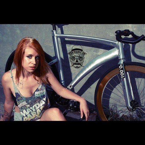 @velojolie #velojolie #velo #aliminum #bike #bicycle  #fixie #fixedgear #sexy #model #girlsonbikes #IG #trackbike #instagramhub #instamood #babe #webstagram  #statigram #injstgram #popular #popularpage #jj #bikeporn #bicycleporn #visp #velosexual (Taken with instagram)