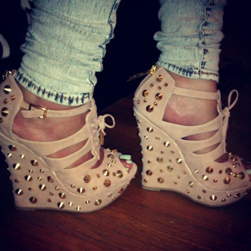 couturebabeez:  what the brand of those shoes please someone inbox me !