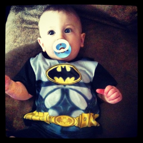 My son is #batman… Shhh! Don't tell anyone 😉 funny story, I actually gave birth to Liam wearing a batman t-shirt. Pretty much #epic. #winning #ig_kids #cute #superhero #costume (Taken with instagram)