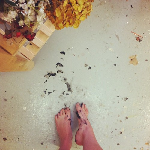sometimes I get paint all over my toes and make a huge mess and I won't even know it.