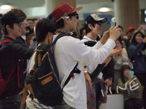 the moment when SJ become paparazi :DD