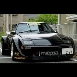 jobert-villegas:  #mazda #rx7 #oldschool #jdm (Taken with instagram)