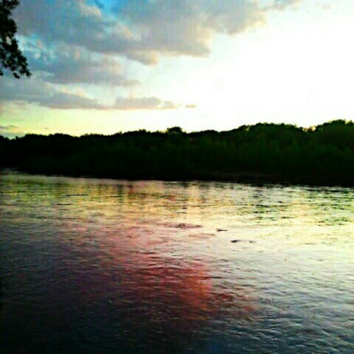 The #sunset #reflecting off the #river #pink #yellow #nofilter #outdoors  (Taken with instagram)