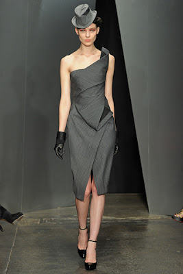 Donna Karan Fall/Winter 2012-2013 Ready-To-Wear Collection. Click here to view all our favorite picks from this collection.