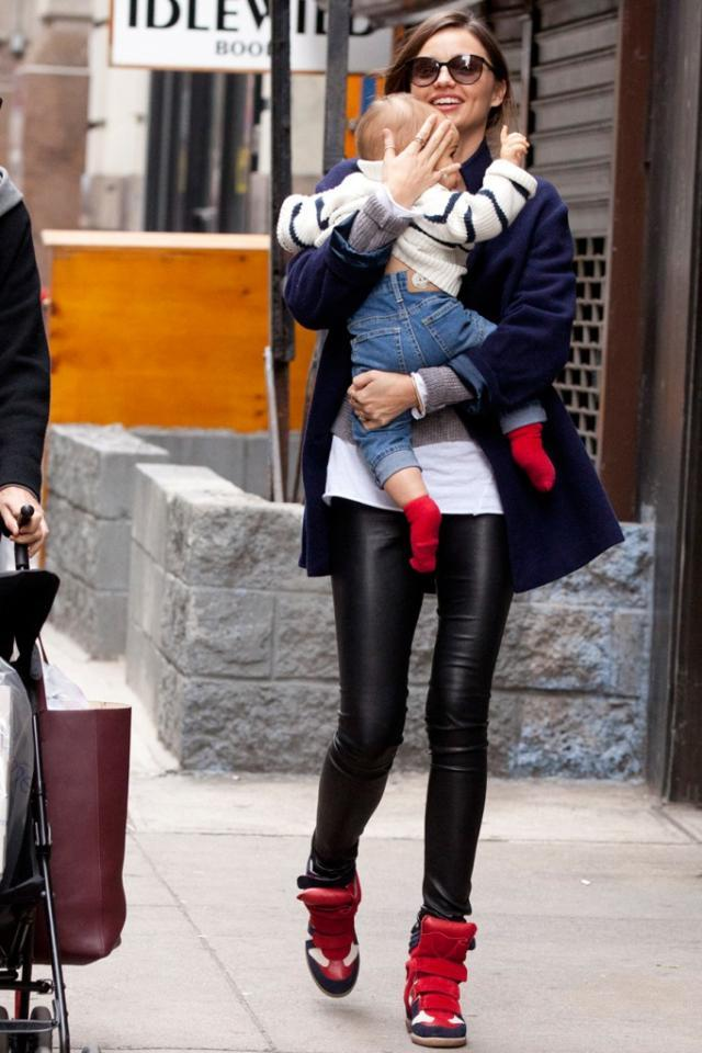 MIRANDA KERR WEARING ISABEL MARANT WILLOW SNEAKERS.