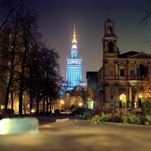 travelingcolors:  Warsaw after sunset | Poland (by wojszyca)