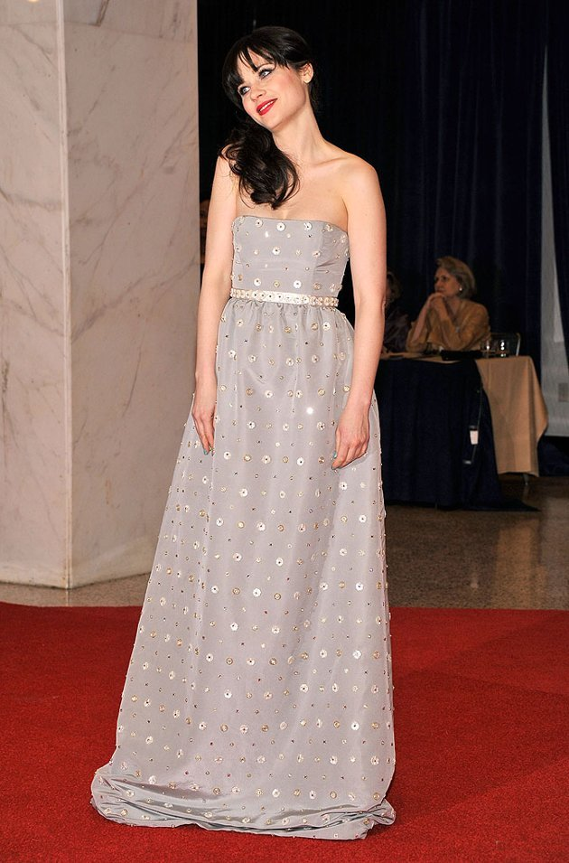 zooey deschanel in oscar @ the white house correspondents dinner in dc.