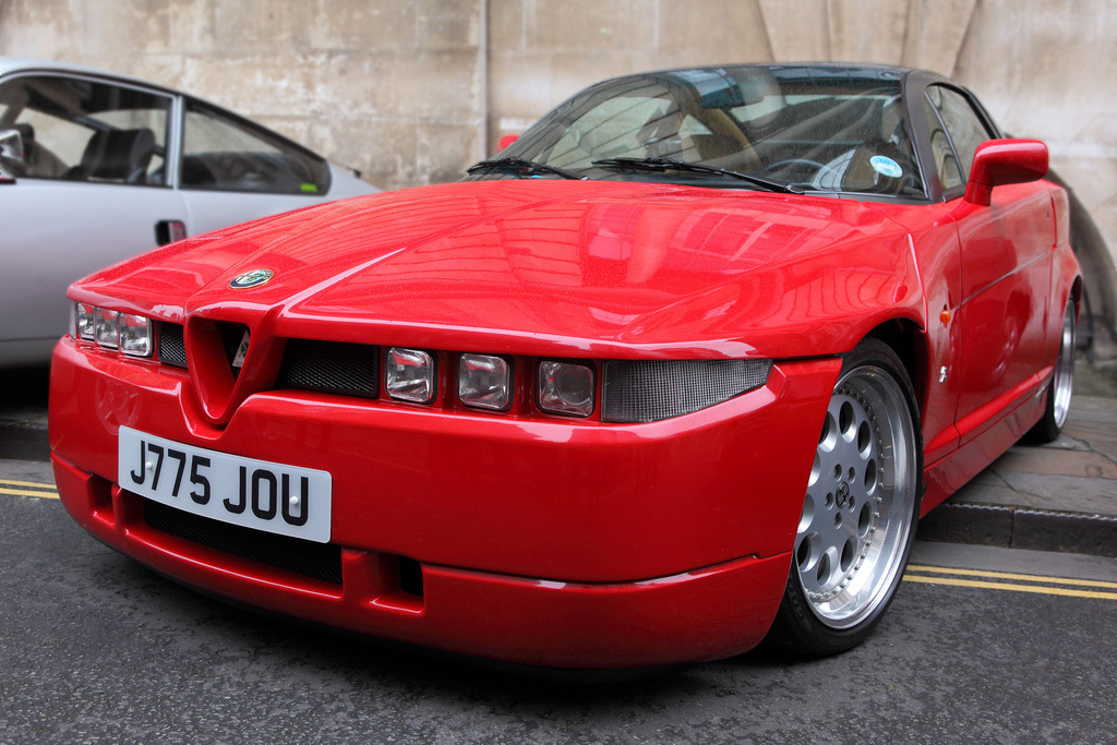 Alfa Romeo SZ - The fine line between love & hate