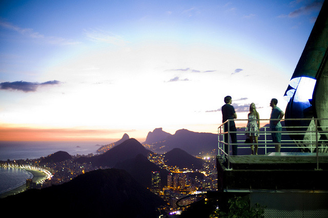 Olá! Today we're launching Tumblr's official Brazilian Staff Blog while we finish polishing our upcoming Brazilian Portuguese localization. We haven't forgotten our users in Portugal, either — Tumblr's official Portuguese Staff Blog also just launched, and we've got a European Portuguese version of our interface on the way too. Em breve teremos mais novidades! / Fiquem atentos às próximas novidades! (Photo: Josh)
