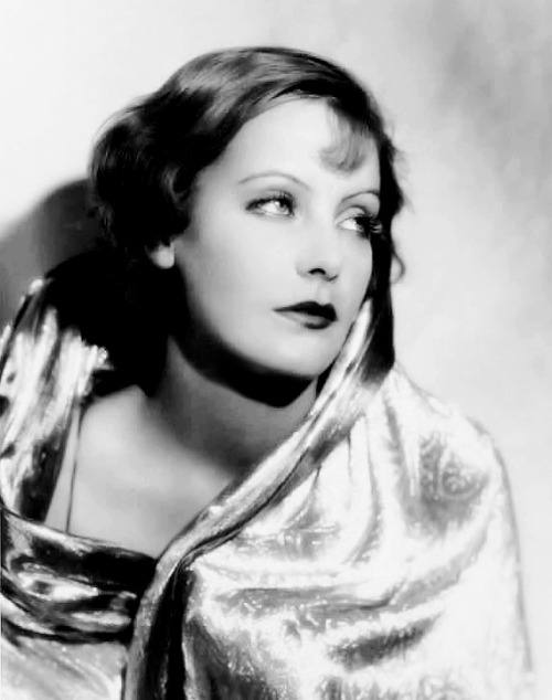 Greta Garbo photographed by Ruth Harriet Louise