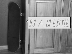 birdswithboards:  it's a lifestyle