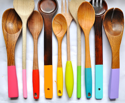Painting Wooden Spoons via Little Bit Funky