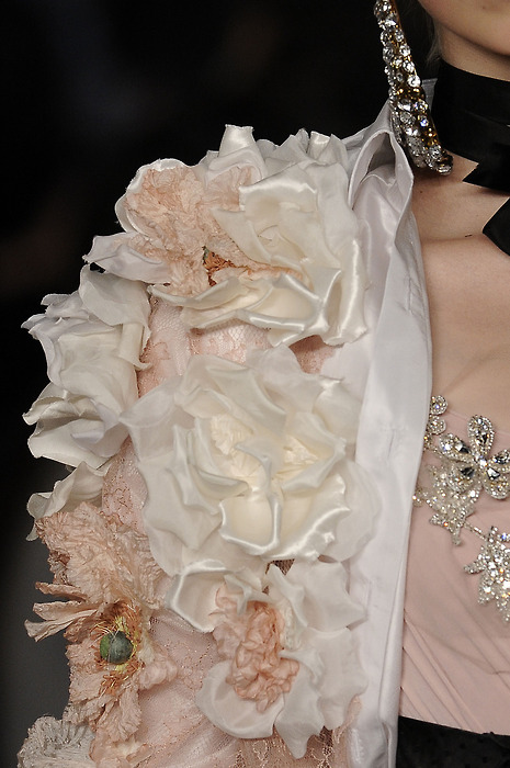 mecreatingme:  Christian Lacroix Haute Couture  Details <3