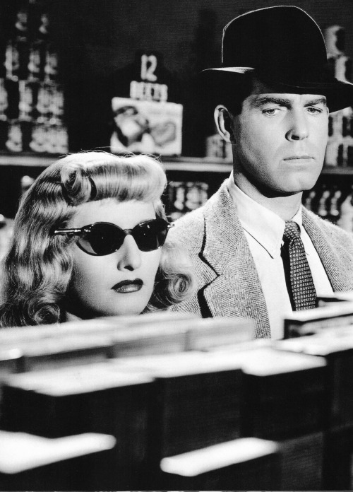 signorelli-girl:   Double Indemnity (1944)