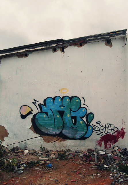 Throw-up by DGÓH* on Flickr.