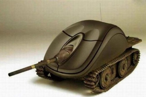 themindgeek:  Mouse Tank