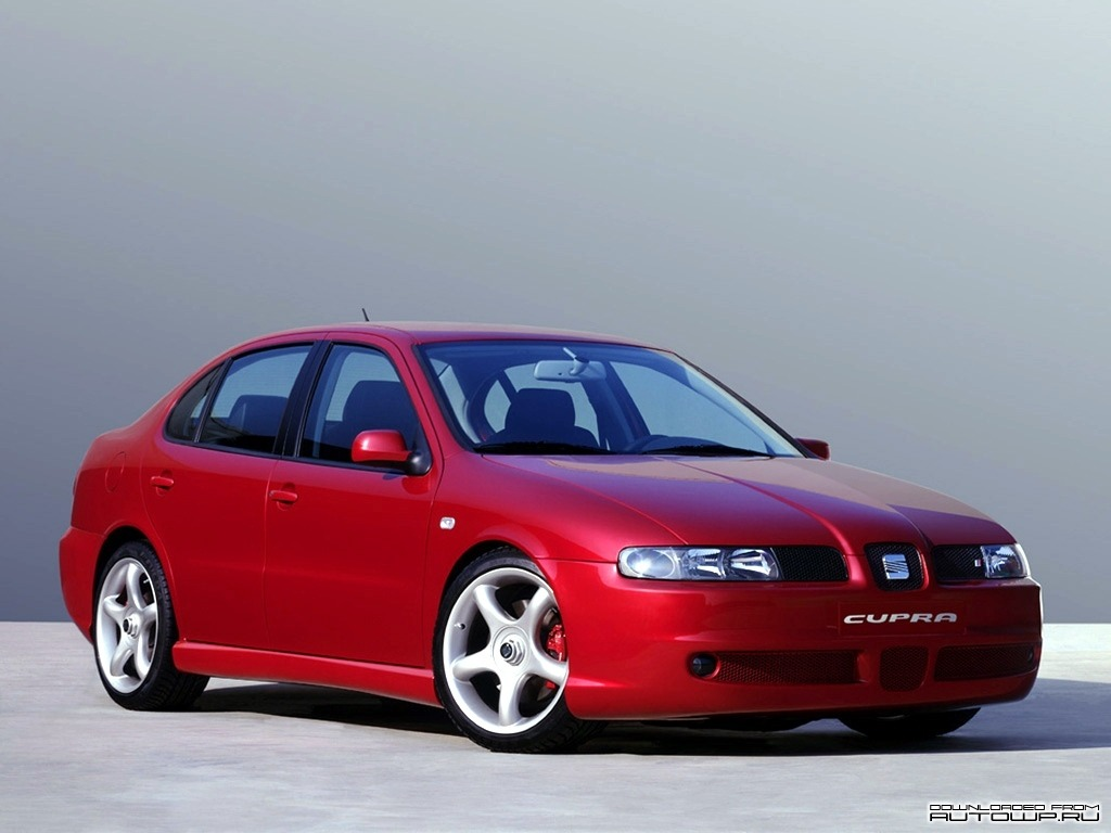 fuckyeahconceptcarz:  1999 Seat Toledo Cupra  Looks so right. And I'm not even into retro cars.