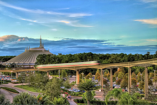 Monorail - Walt Disney World by Steve'53 on Flickr.