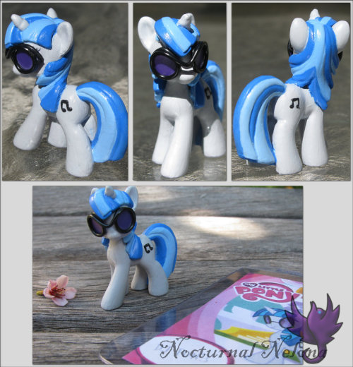 DJ Pon3 360' by ~NocturnalNelona Have you entered to win one of two custom pony commissions? Enter now and help a cat!