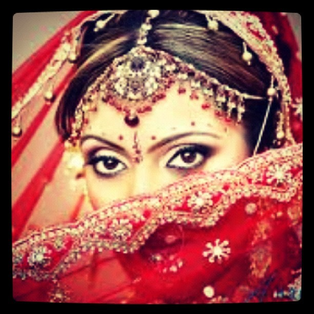 I want to go to a big traditional Indian wedding SO bad. My only Indian friends were married before we met 😭😭 (Taken with instagram)