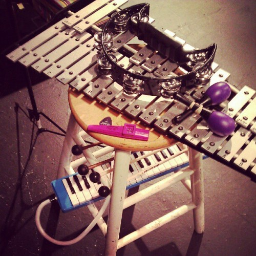 Another peek at my toys in action during my first-gig-ever.  It's a 3-week engagement.  I'm learning it's pretty exhausting to be a part-time musician.  Is it less exhausting if you're full time?