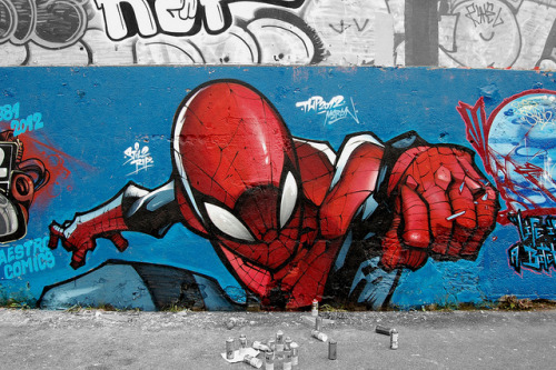 Spiderman spiderman.