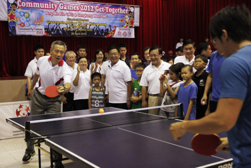 PM Lee playing table tennis