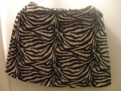-SOLD- Awesome vintage mini skirt, black and white zebra print, back zipper and elastic waist-band, kind of fleecey material (you know what I'm talking about), Made in the USA, Small/Medium, 15$