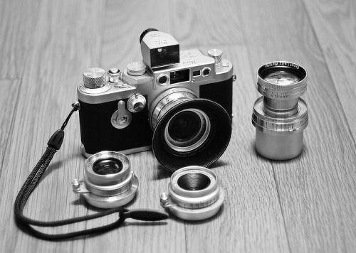 thedaythatweblank:  Leica IIIG by Beta Photography on Flickr.
