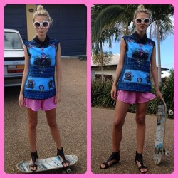 #selfie #selfies #me #moi #outfit #whatiwore #dandg top #shakuhachi #neon shorts. #fashion #fashionblogger #fashionphotography #womensfashion #goodtimes #summer #tan #tanned #skateboard #blonde #blogger (Taken with instagram)