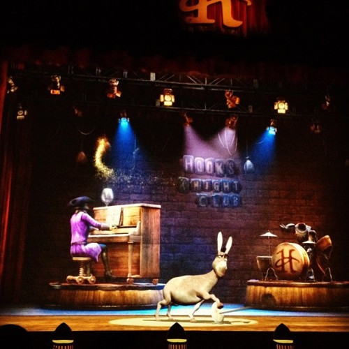 Donkey show! A must see! The show is very entertaining and hilarious! #donkeyshow #donkey #singapore #sentosa #universalstudios #funny (Taken with Instagram at Universal Studios Singapore)
