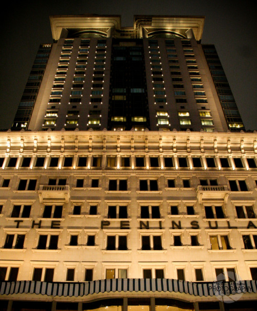 The Peninsula, Hong Kong! Idk is it just me or does it give off a Batman vibe?  click!