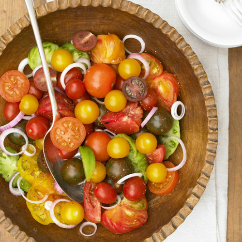Daily Dish: A sweet-sour vinegar dressing adds flavor to this Tomato and Red Onion Salad.