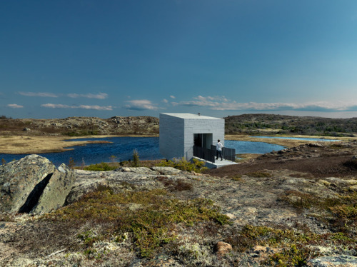 The Bridge Studio, on the coast of Fogo Island in Newfoundland, Canada. Designed by Bergen-based Saunders Architecture Bent René Synnevåg