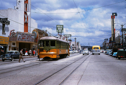014 - LATL 5 Line Car 1265 Southbound On Market St. 19550507 on Flickr.May 7, 1955 Los Angeles Transit Lines Car 1265 Southbound on Market Street. Photographer: Alan Weeks