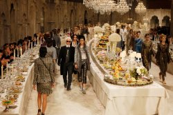 Chanel Pre-Fall 2012 Indian Buffet I absolutely love this layout. What a unique and sophisticated approach to hosting a fashion show!! Gotta Love Karl Lagerfield!