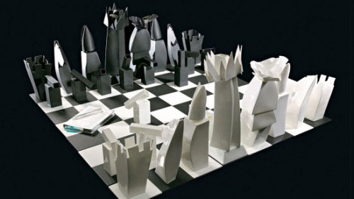 $25,000 Frank Gehry Chess set