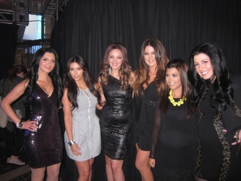 huffpostcomedy:  The Kardashian sisters met their SNL counterparts last night. [via]