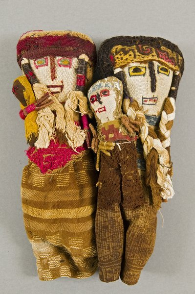 madmaudlinssearch: Peruvian grave dolls, 1000-1500 AD late 20th century