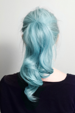 Grunge c dye blue hair
