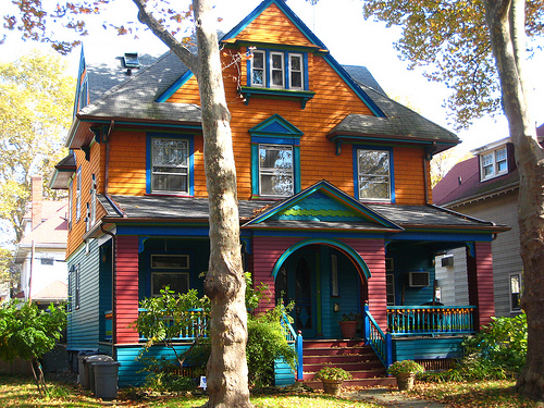 jello404:  I want a Victorian home in Ditmas spark (Brooklyn) sooo fucking badly. Ugh I NEED TO BE RICH! Lmfao