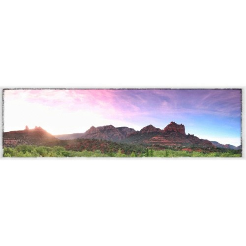 #sunrise at the Red Rocks @LaubergeSedona  (Taken with instagram)