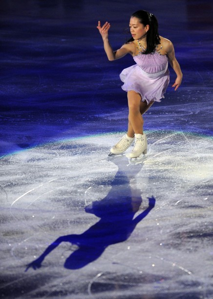 beautiful-shapes:  Akiko Suzuki World Team Trophy 2012, Gala