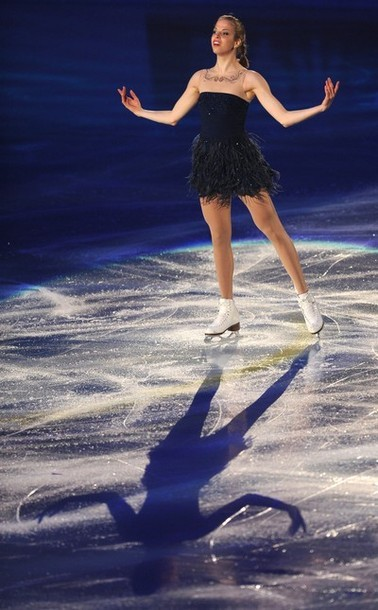 beautiful-shapes:  Carolina Kostner WTT 2012, Gala
