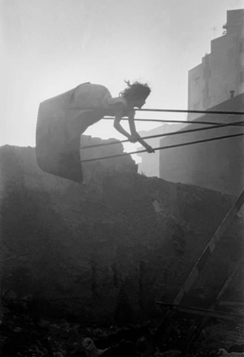 Swinging Girl, Cairo by Frank Horvat, 1962